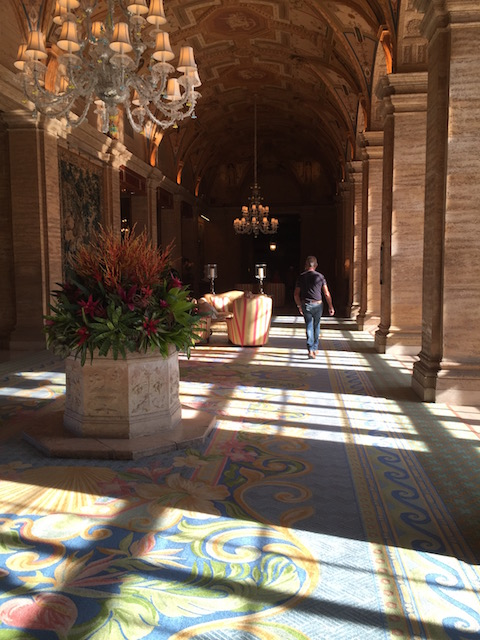 Such a beautiful lobby Bobby