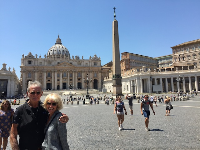 Bob and I in St Peter's Square.... amazing ....