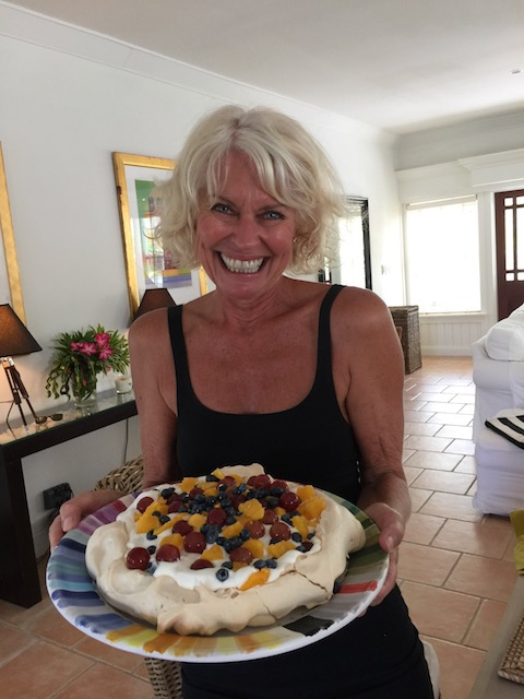 I never normally make deserts but the other week we had friends round and actually managed to bake a fruit pavlova ! Kathy does desert !!!!