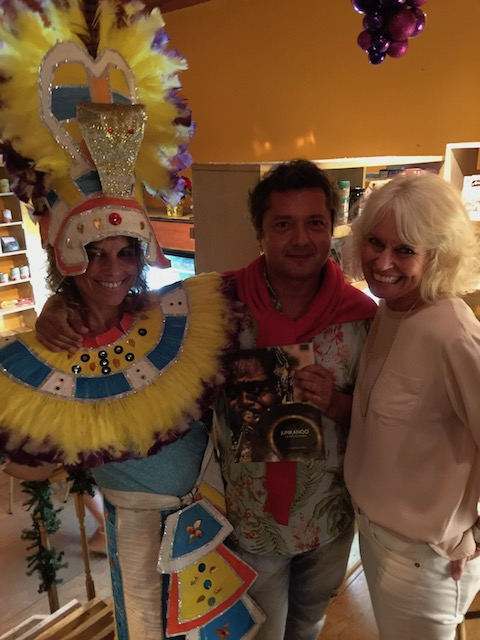 At the book launch for Alessandro Sarno's great book on Junkanoo. Monique as always - dressed the part and looked fabulous !