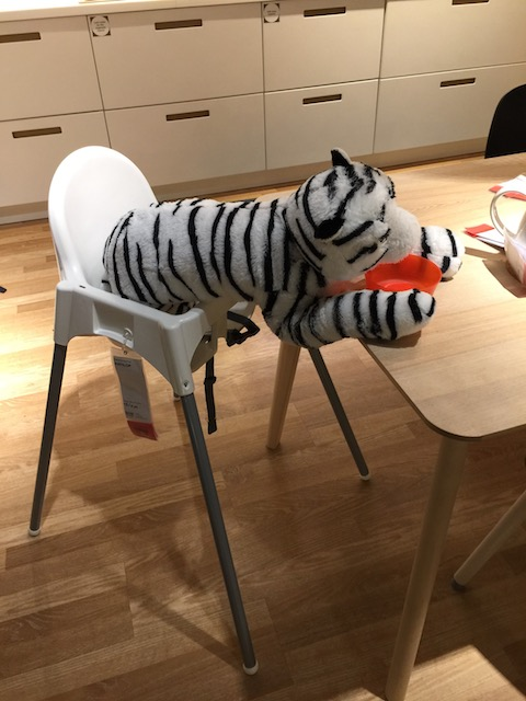 Of course no trip is complete without a visit to Ikea - and I just had to take a picture of this hungry tiger in the kitchen department !