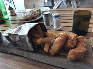 This was the fish and chips at the Ritz Carlton - very good indeedy !